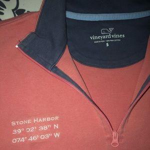 Vineyard vines extremely soft hoodie!
